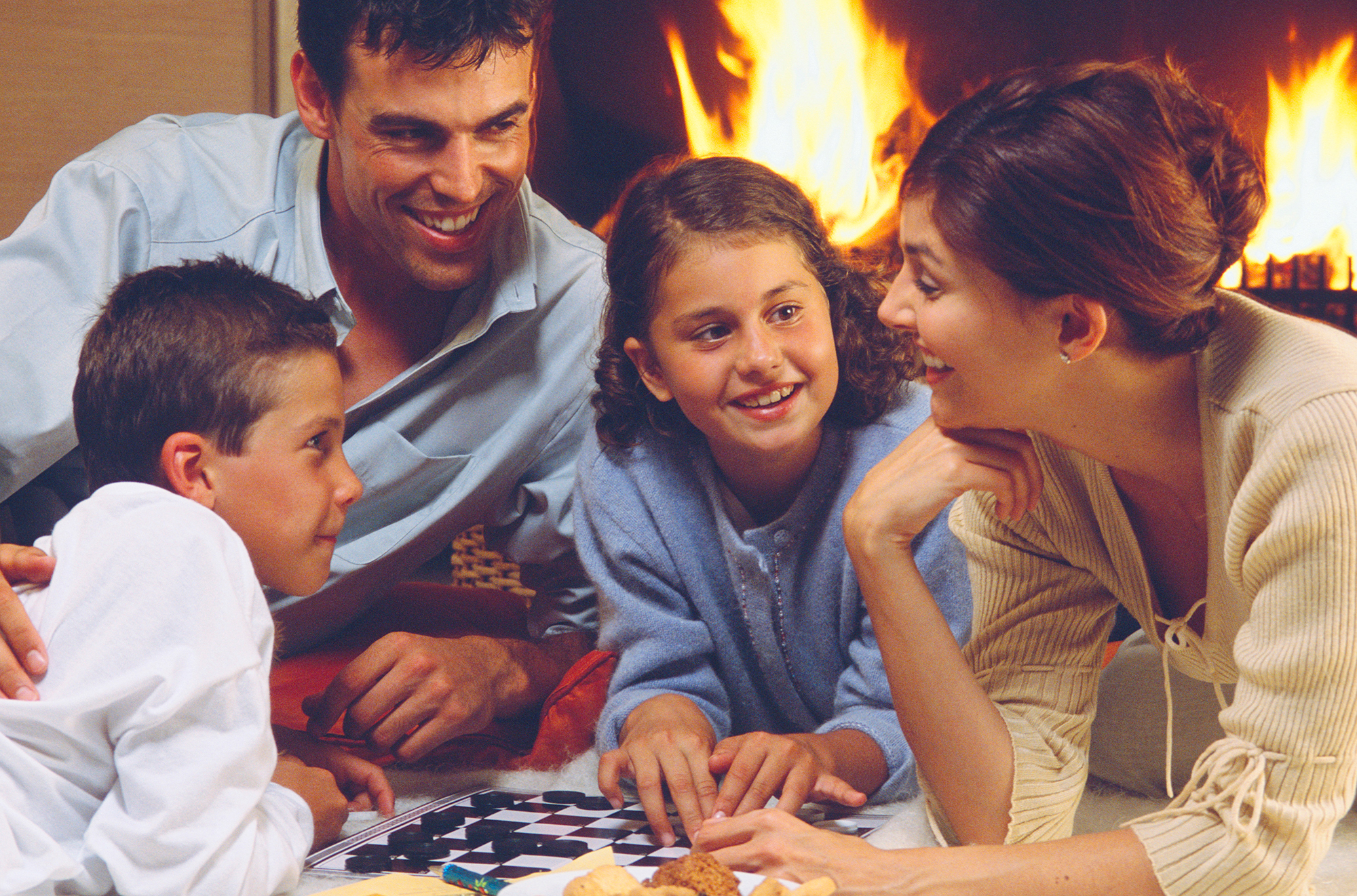 family_checkers_fire_2000px
